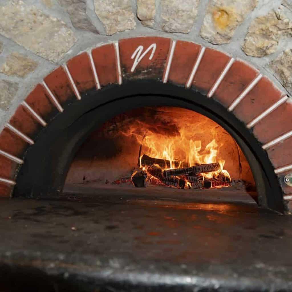Villa Bellezza Pizza Oven